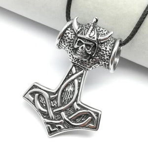 Mjolnir necklace with skull