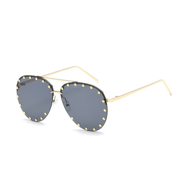 Rivet Oval Fashion Sunglasses
