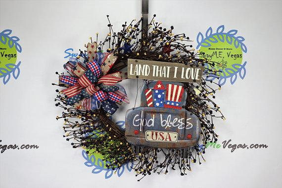 Rustic Americana Pip Berry Grapevine Wreath, 4th of July Wreath, Patriotic Wreath, Independence Day Wreath, Grapevine Pip Berry Truck Wreath