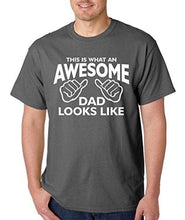 SignatureTshirts Men's This is What an Awesome Dad Looks Like Father's Day T-Shirt
