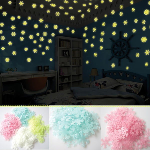 50PCS/set Christmas Decorations for Home Luminous Wall Sticker Snowflake Glow In The Dark Decal for Kids Baby Rooms