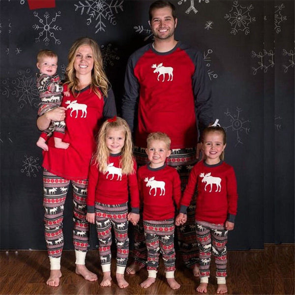 46c305d8f00dc Christmas Pajamas Family Clothing 2018 Family Matching Mother Daughter  Father Son Clothes Family Clothing Sets New