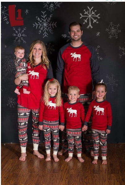 matching family picture outfits