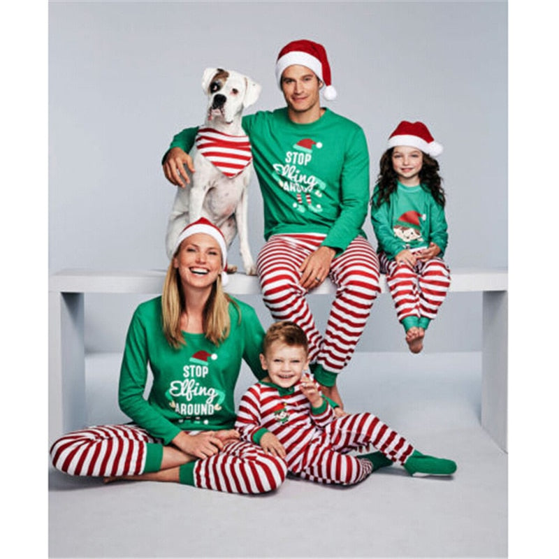 2567aa2a30 Family Matching Christmas Pajamas Set Xmas Adult Men Women Baby Kids Sleepwear  Nightwear 2017 New Hot ...