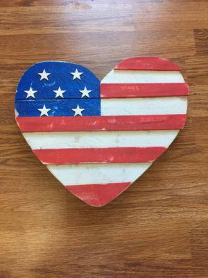 Rustic Patriotic American Flag Heart Wooden Wall Decor