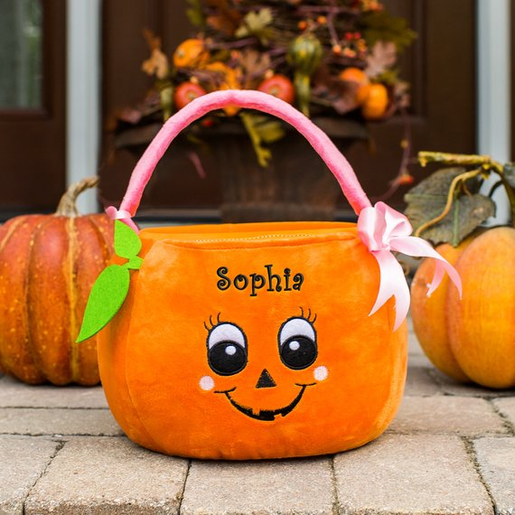 Girl Pumpkin Personalized Trick or Treat Basket, trick-or-treat bag, Halloween Treat Bag, Halloween Bag, candy, embroidered -gfyE11878354