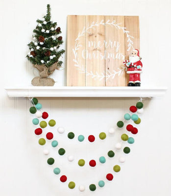 Christmas Garland Felt Ball Garland Rustic Christmas Decoration Pom Pom Garland Fire Place Decor Christmas Banner Christmas Tree Decor