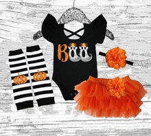 1st Halloween baby girls outfit, Halloween girls outfit, Halloween girls costume, Halloween girls smash cake outfit, BOO flutter sleeve leo