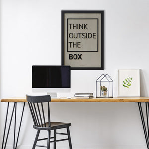 Think Outside The Box - Cemento / Acrílico