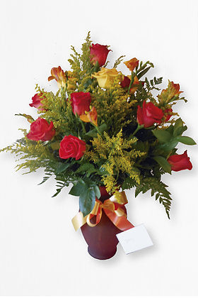 GLW001 - 12 MIX ROSES, COLOR VASE