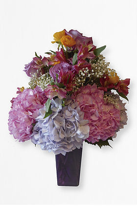 GLW064 - HYDRANGEAS MIX AND ROSES