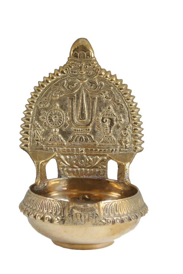 Brass Lamp With Tiruman Shanku And Chakra - New Design