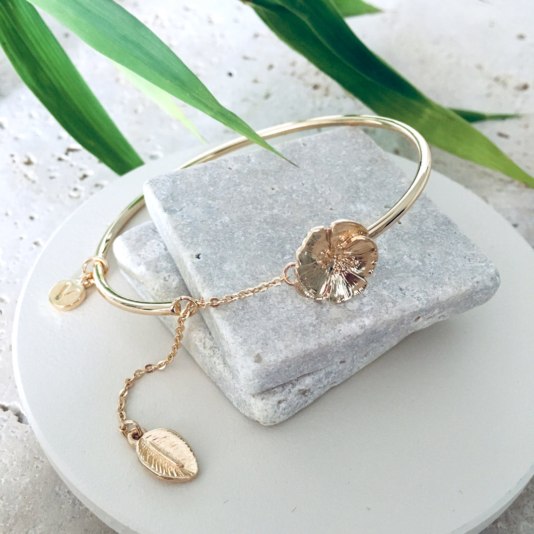 Bracelet Gold Camellia Bangle - Bardot Boho