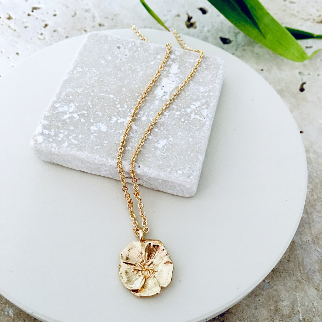 Necklace Gold Short Camellia Pendant - Bardot Boho