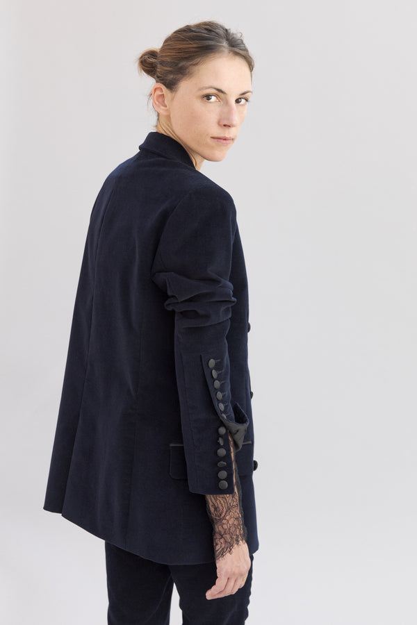 SARAH DE SAINT HUBERT navy jacket made of ribbed velvet with satin details. Boyfriend and straight fit.