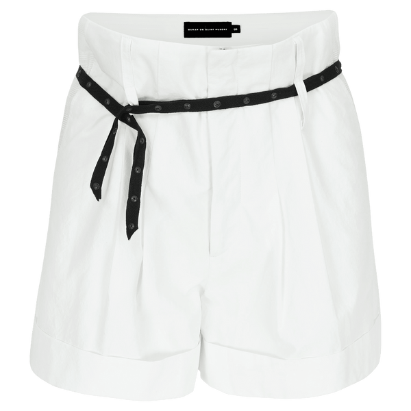 SARAH DE SAINT HUBERT white high-waisted shorts made of crushed cotton with double waist loops. A feminine and flattering fit.