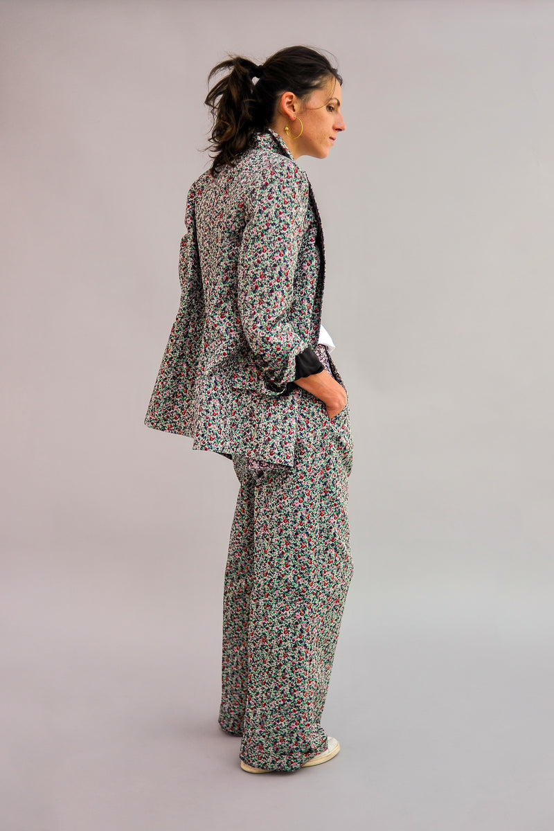 SARAH DE SAINT HUBERT Flower jacquard jacket made of polyster with iconic details. Boyfriend and straight fit.