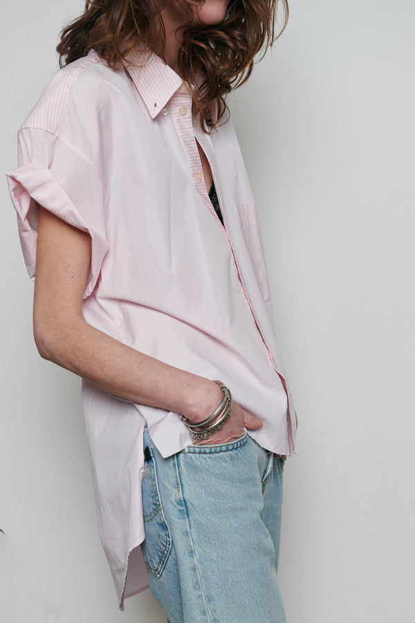 SARAH DE SAINT HUBERT oversized white with pink stripes shirt made of cotton with short rolled-up sleeves. Boyish and straight fit.