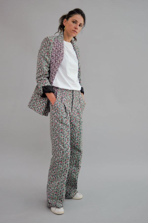 SARAH DE SAINT HUBERT flower high-waisted tailored trousers made of polyester with wide, straight legs. Fluid, comfy and relaxed fit.