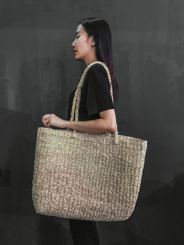 Handcrafted Palm leaf fashion market baskets bag