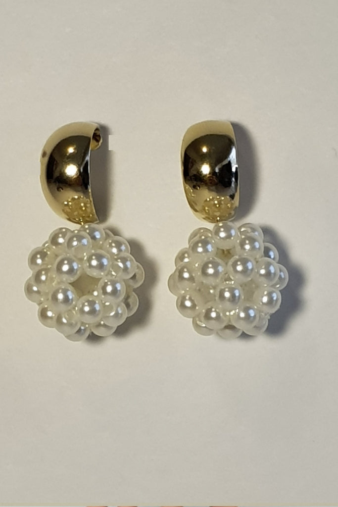 Spherical Pearl Earring