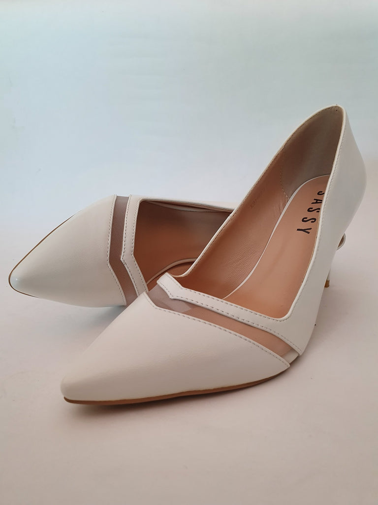 Pipa Chevron Pointy Toe White Size  37 & 39