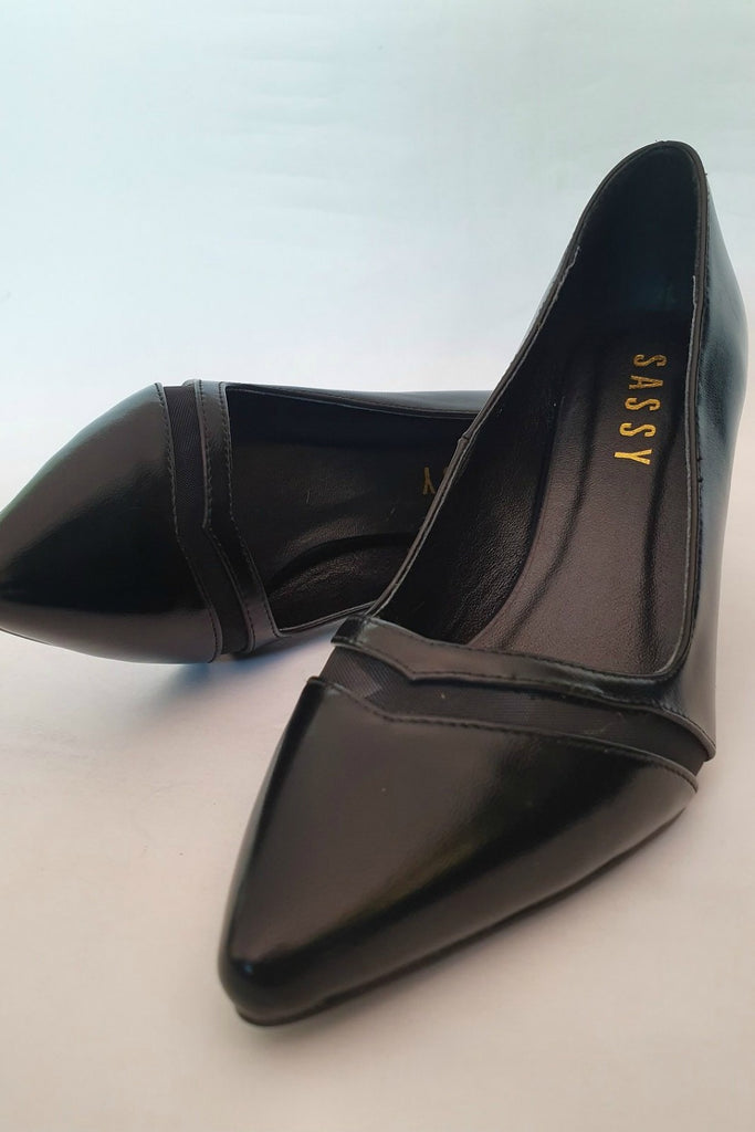 Pipa Chevron Pointy Toe Black