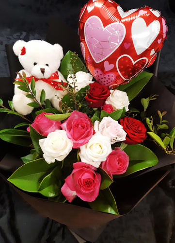 (AV14) Dozen Mixed Roses Bouquet