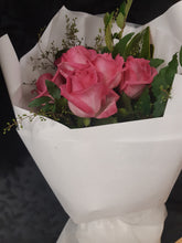 (V18) Romantic Pink Roses