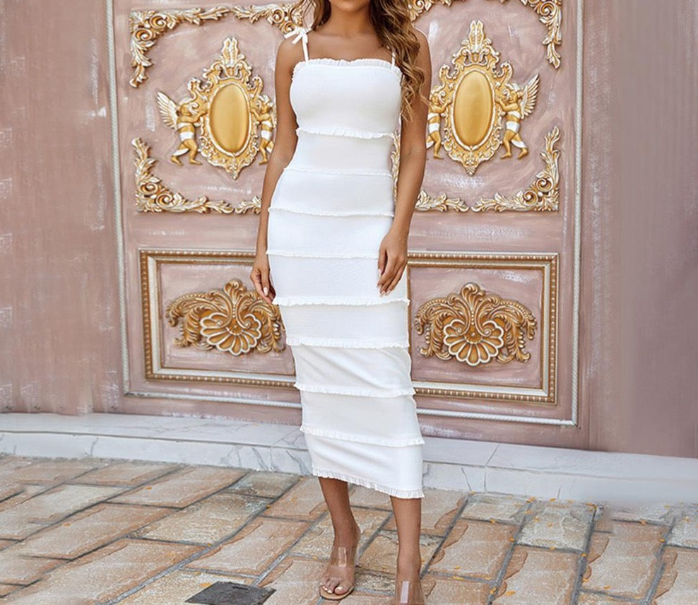 GUIA STRAPLESS SLEEVELESS BACKLESS OVER KNEE BANDAGE DRESS