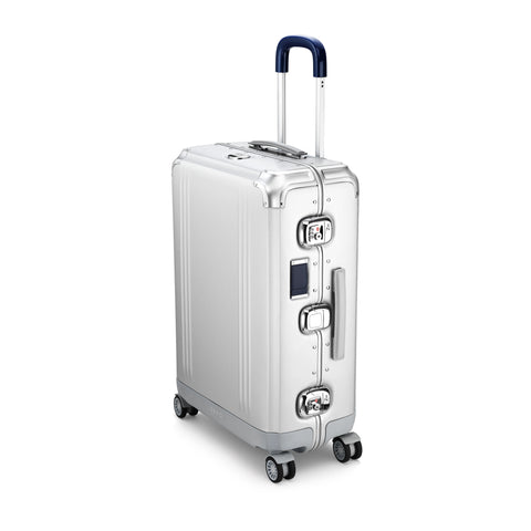 Pursuit Aluminum | Medium Travel Case SILVER