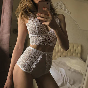 The 273 High Waist Lace Knicker and Bra Set