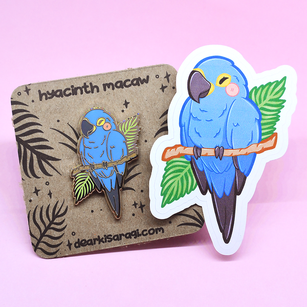 Hyacinth Macaw Save the Rainforest Charity Pin