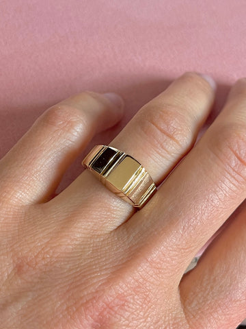 Tapered Geometric Lines Ring