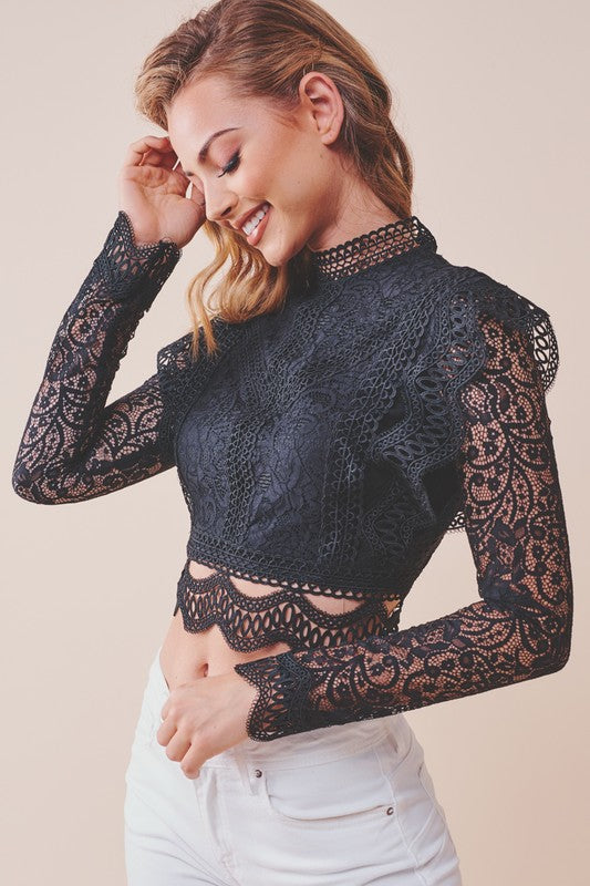 LOVE LACE CROP TOP