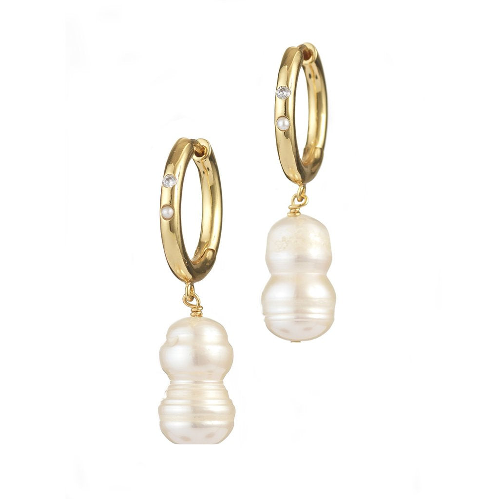 DIAMONDS AND PEARLS EARRINGS