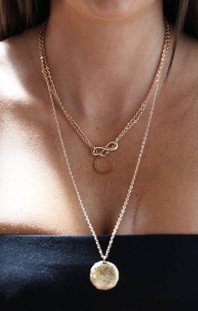 Triple Layered Infinity Textured Disc Necklace - Ffion