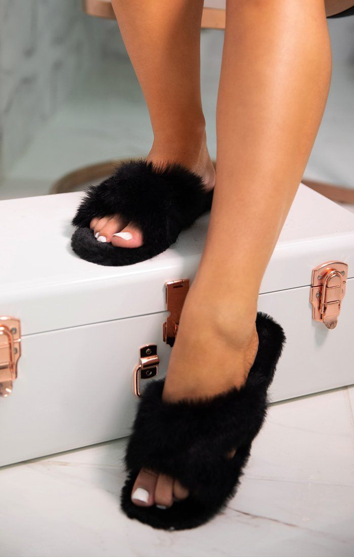 Black Faux Fur Fluffy Slip On Shoes - Saffy