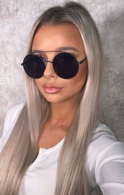 Black Mirrored Reflective Round Sunglasses - Jessica