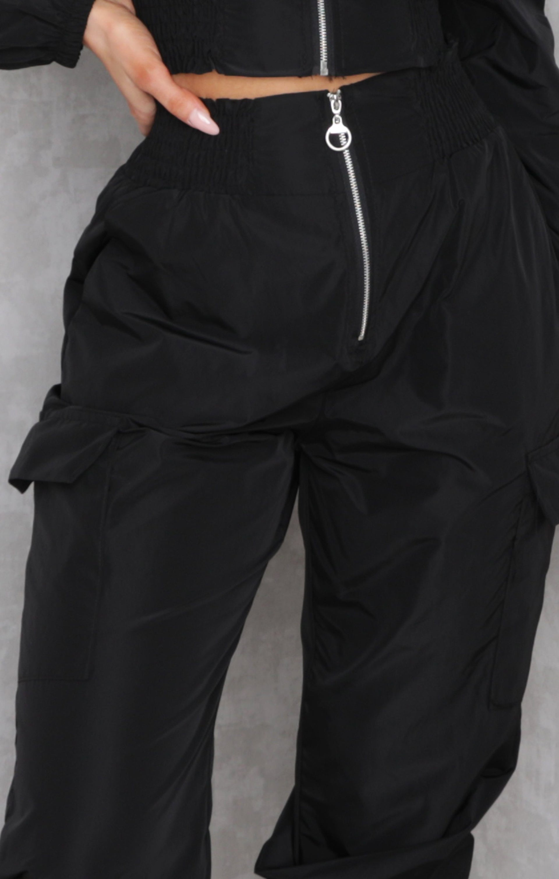 Black Shrilled Waist Cuffed Leg Loungewear Set - Cindy