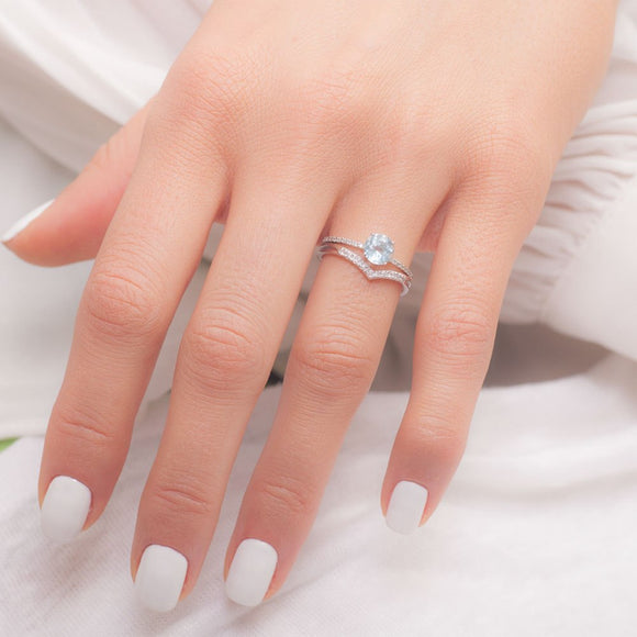 What does an Engagement Ring Mean_photo
