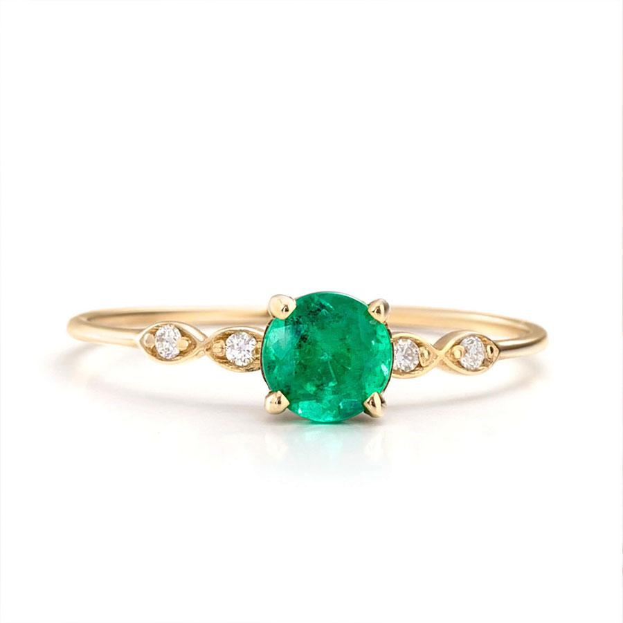 https://one2threejewelry.com/products/emerald-engagement-rings