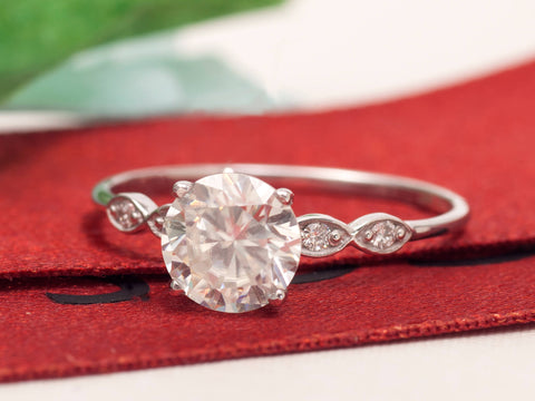engagement-moissanite-ring