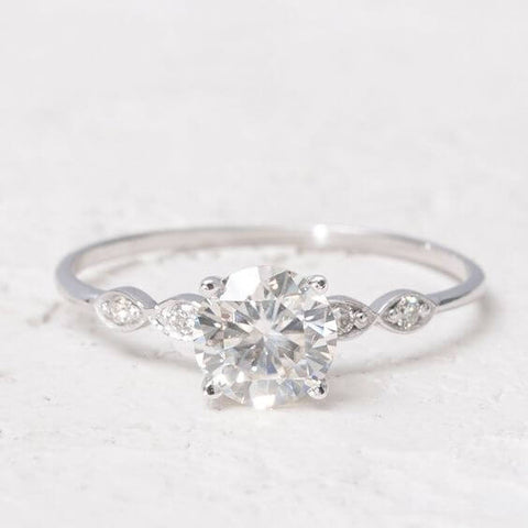 Moissanite Ring with Diamonds1