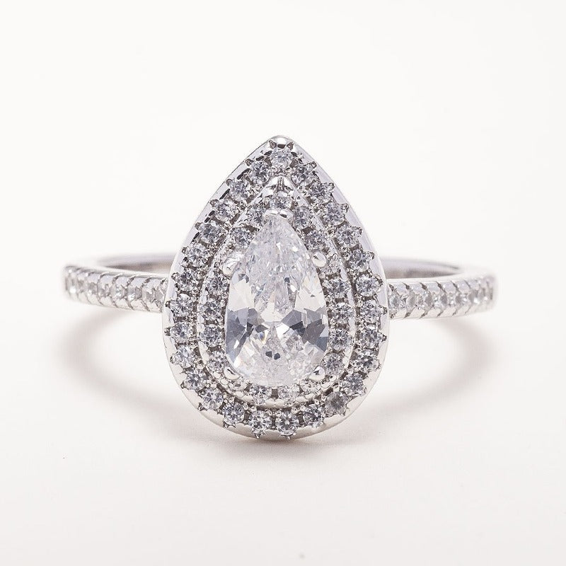 Pear-Shaped Diamond Engagement Ring -img