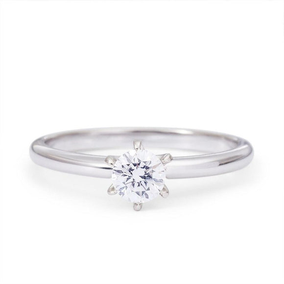 Moissanite Ring_white_14K_Gold