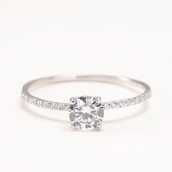 0,5 Carat Moissanite Engagement Ring _one2threeJewelry_front_photo