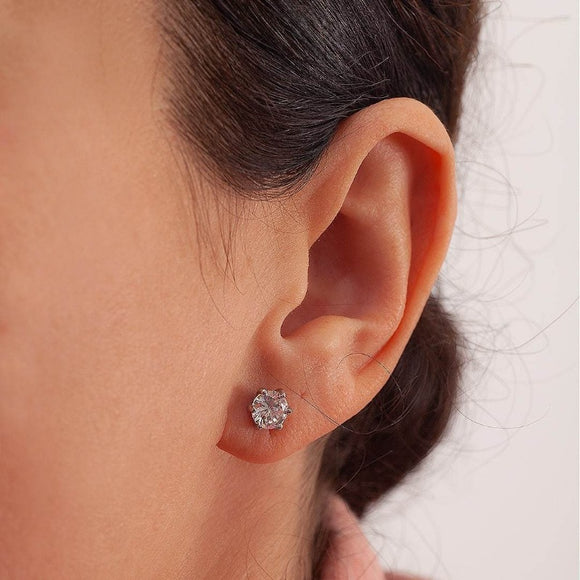 Moissanite Earrings_photo_one2threejewelry