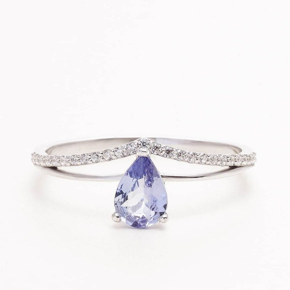 14K_white_gold_Tanzanite Ring_with_diamonds