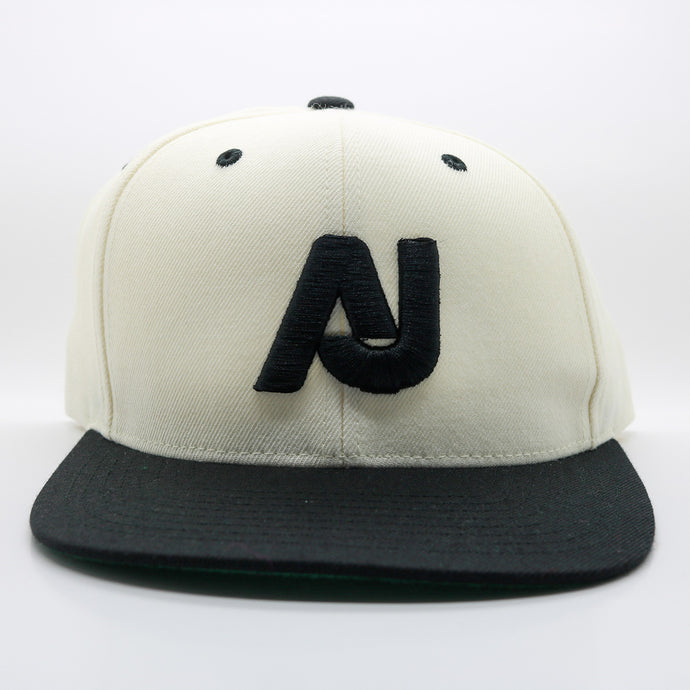 AJ SPORT SNAPBACK - OFF WHITE/BLACK